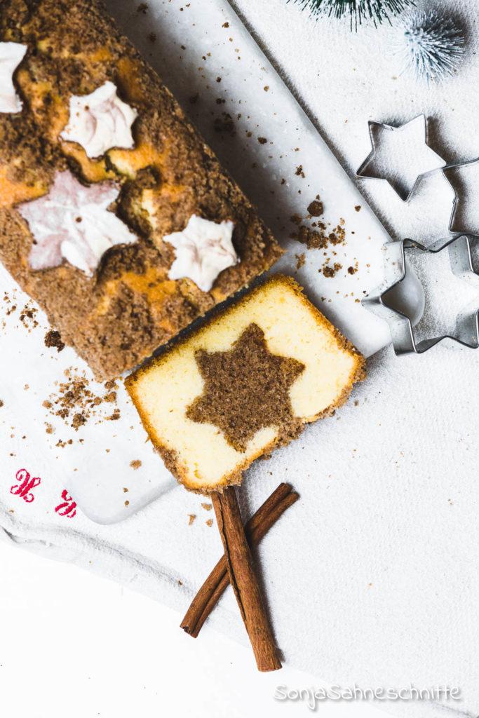 Ein perfekter einfacher köstlicher Weihnachtskuchen: lockerer weicher Zimtstern-Kuchen mit Streuseln #einfach #weich #zimtstern #weihnachten #weihnachtsfeier #backen
