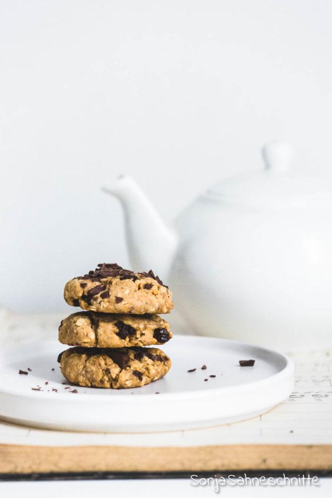 2019-08-31 Erdnussbutter-Schokoladen-Cookies-mit-Haferflocken-und-Rosinen_4.jpg